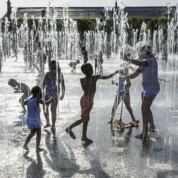 Keeping cool – London fountains and paddling pools
